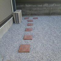 さいたま市 砂利敷き 庭リフォーム 便利屋 無料見積