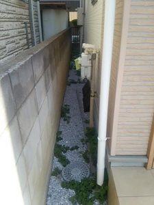 さいたま市 砂利敷き 便利屋 雑草対策